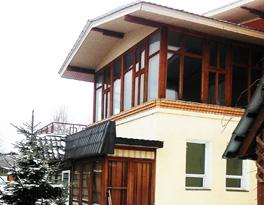 Главный вход с Зимним садом
